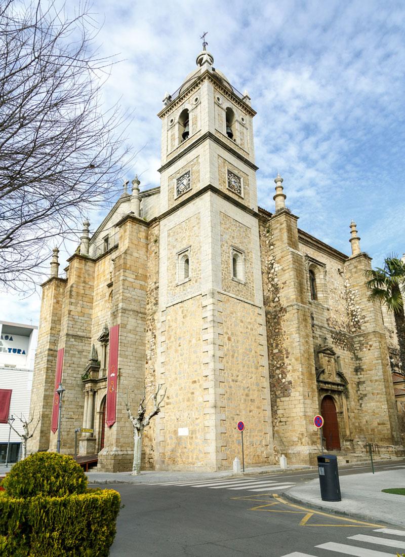Iglesia Parroquial de Santiago en Don Benito